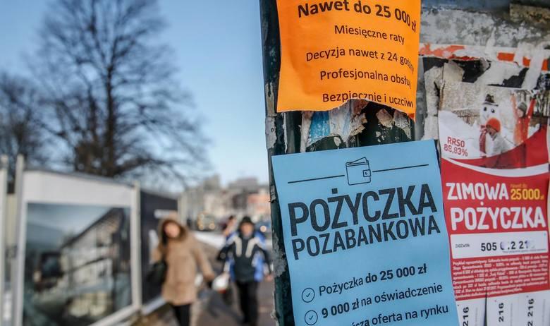 Polska rodzina w tym roku zamierza wydać na święta średnio 1 521 zł, wynika z  raportu przygotowanego przez Deloitte. To o 76 zł więcej niż w 2018 roku.