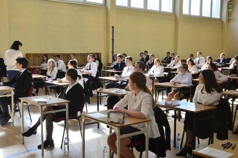 Próbna matura 2019 zbliża się wielkimi krokami. W tym roku próbne testy odbędą się w listopadzie. To okazja, aby sprawdzić się przed prawdziwymi egzaminami