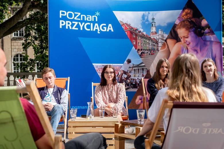 Oto 15 najlepszych kierunków studiów z Poznania i Wielkopolski.Po ich ukończeniu zarabia się najwięcej. W pierwszej piętnastce znalazło się trzynaście