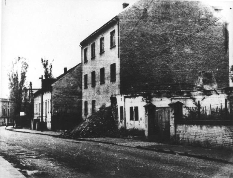 Józef Krzysztowczyk przyjechał do Olesna w marcu 1945. r. <br /> - Był wtedy chyba pierwszą i jedyną osobą, która robiła zdjęcia zniszczonego miasta - mówi Jacek Stanisławczyk.