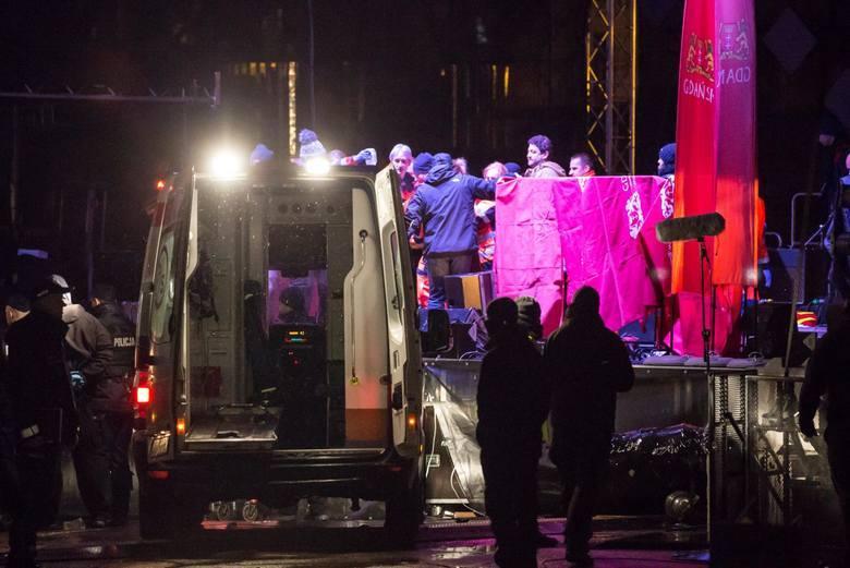 Toruńska prokuratura bada, czy policja i Służba Więzienna prawidłowo zareagowały na sygnał matki Stefana W., zabójcy prezydenta Gdańska. - Śledztwo przedłużyliśmy