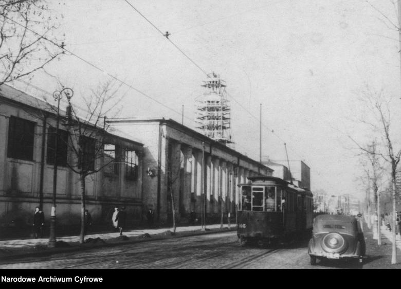W 1948 roku fotograf Socjalistycznej Agencji Prasowej sfotografował charakterystyczne miejsca w centrum Poznania. Sprawdź, jak wyglądała stolica Wielkopolski