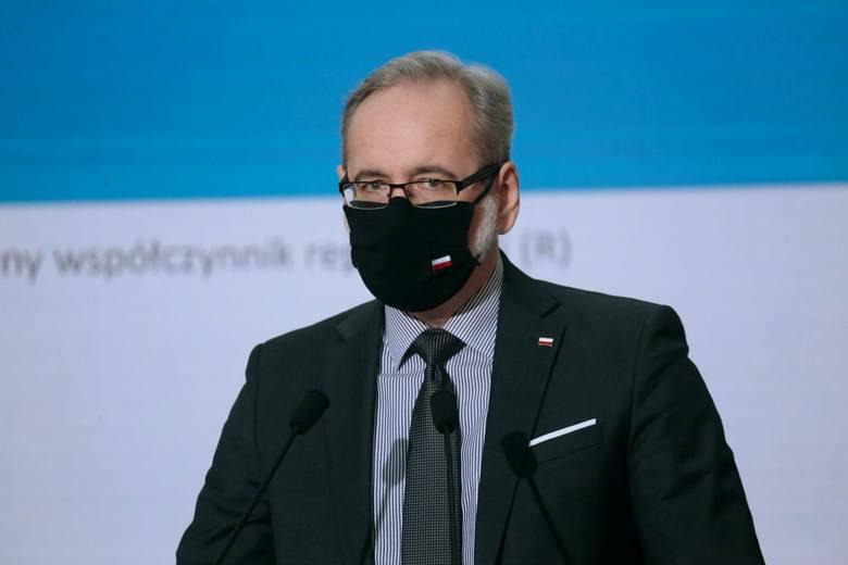 Jeszcze dziś dowiemy się, jakie obostrzenia będą obowiązywały w Polsce od najbliższego poniedziałku - na trwającym właśnie posiedzeniu Rządowego Zespołu
