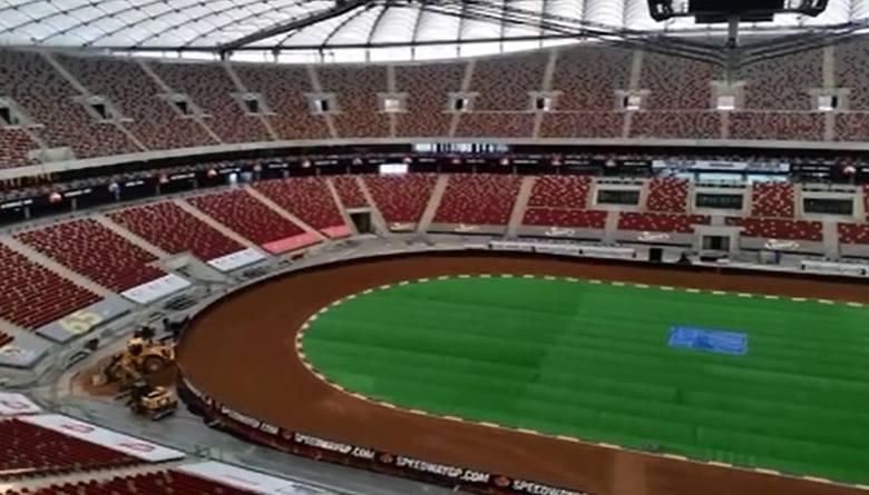 Tor na Stadionie Narodowym już gotowy. Zobaczcie, jak powstawał na Grand Prix na żużlu (zdjęcia)