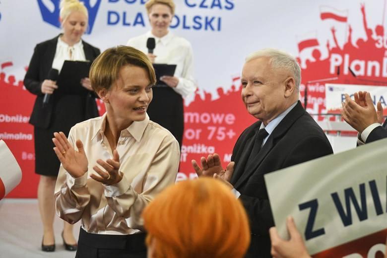 Jadwiga Emilewicz ma odegrać jedną z dwóch kluczowych ról w rządzie Mateusza Morawieckiego: kiedy Łukasz Szumowski ratuje nasze życie i zdrowie, ona
