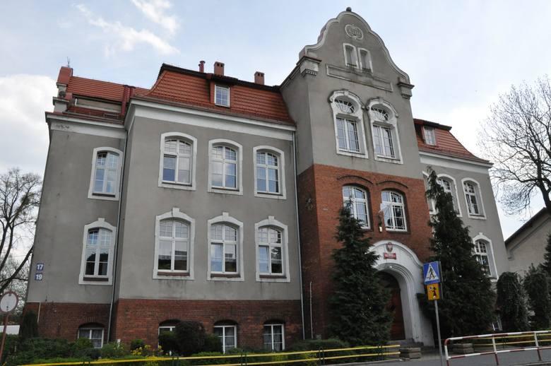 Strajk nauczycieli. Szkoła podstawowa nr 2 w Kluczborku.