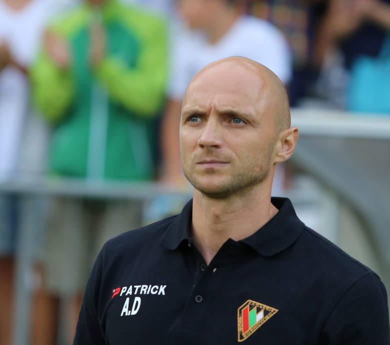 Wśród szkoleniowców liderem jest Artur Derbin, który z piłkarzami Zagłębia wywalczył w tym roku awans do I ligi.
