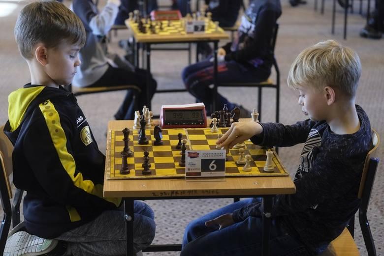 W X Liceum Ogólnokształcącym odbył się turniej Międzyszkolnej Ligi Szachowej. Po raz pierwszy impreza miała miejsce w Toruniu. Międzyszkolna Liga Szachowa