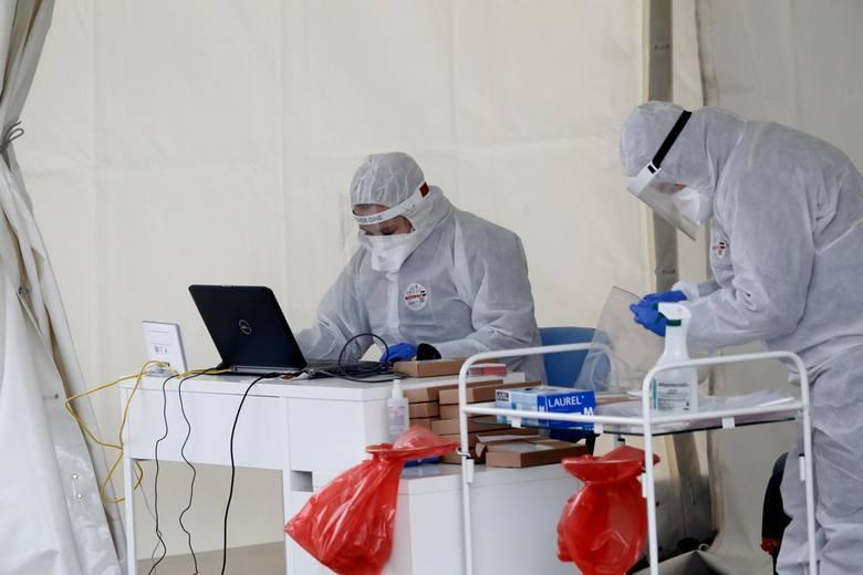 Powiat krakowski. Przybywa chorych. Dotychczas potwierdzono 88 przypadków zakażeń. Są też nowi ozdrowieńcy