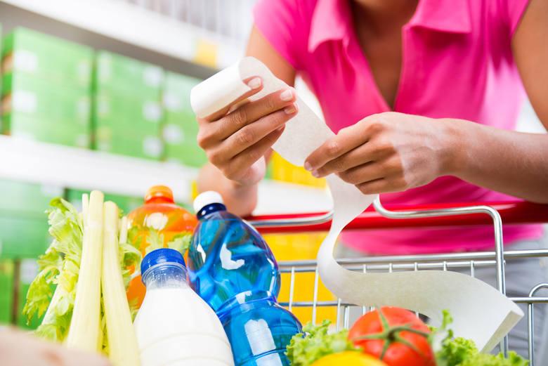 Zgodnie z zapisami ustawy o zakazie handlu w niedziele, od stycznia 2019 roku sklepy mogą być otwarte tylko w jedną niedzielę w miesiącu, ostatnią. Wyjątkiem