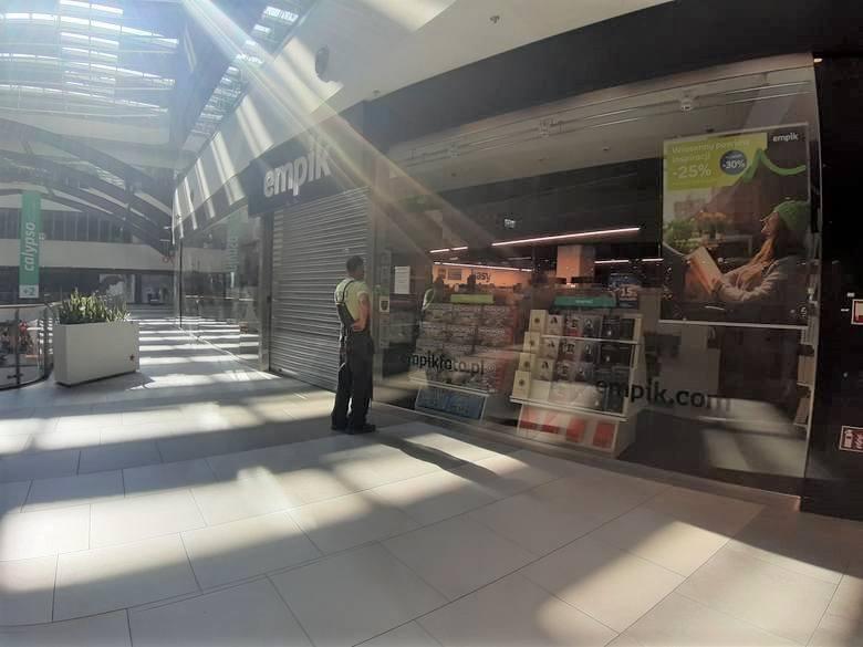 Salon Empik w Supersamie w Katowicach jest nieczynny.Zobacz kolejne zdjęcia. Przesuwaj zdjęcia w prawo - naciśnij strzałkę lub przycisk NASTĘPNE