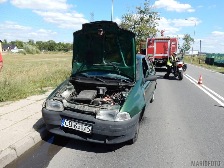 Kolizja dwóch samochodów na Wrocławskiej w Opolu. Fiat najechał na tył hyundaia