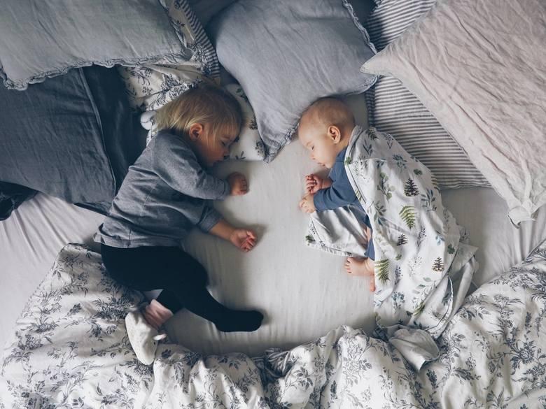 Sen dziecka to tematyka  konkursu fotograficznego zorganizowanego przez firmę Samiboo. Przesłano ponad 600 prac. Jak podkreślają organizatorzy, jurorki