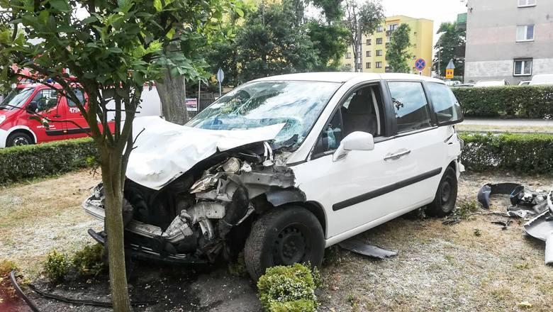 Wypadek w centrum Dobrodzienia.