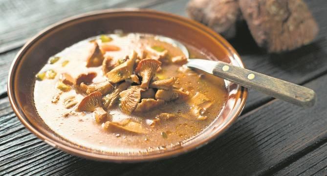 Gęsina na święto 11 listopada [przepisy kulinarne]