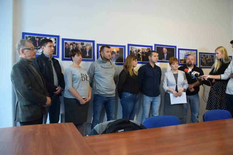Przedstawiciele poszkodowanych lokatorów u poseł Urszuli Augustyn