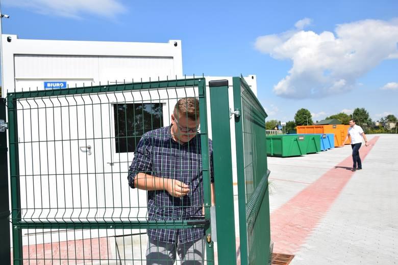 Zaczął działać nowy punkt zbiórki odpadów w Kocmyrzowie. Jest czynny pięć dni w tygodniu