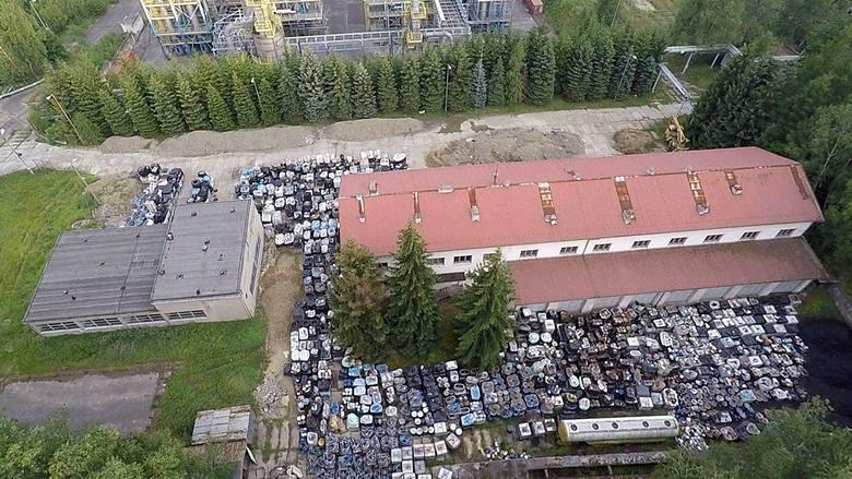 Oczyszczenie rafinerii z nielegalnie składowanych odpadów będzie kosztować co najmniej 50 milionów złotych