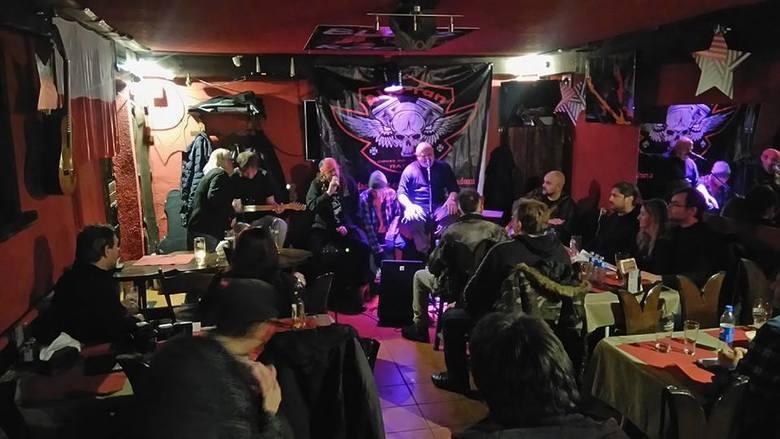 Liderem w regionie jest Blues & Rock (Radom, ulica Słowackiego 52).