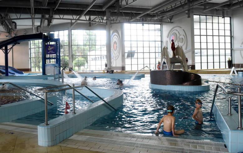 Basen w Centrum Rekreacyjno-Sportowym w Zielonej Górze otwarty został ponownie od 29 maja, strefa saun pozostaje zamknięta