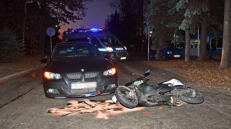 Do zdarzenia doszło w czwartek przed godz. 6, na ul. Żwirki i Wigury w Krośnie. Pracujący na miejscu policjanci wstępnie ustalili, że 42-letni kierujący