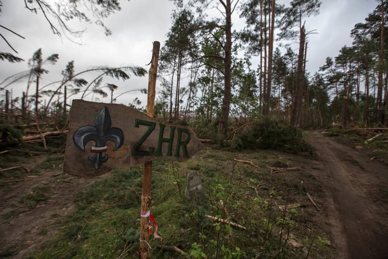 Tragedia w Suszku w nocy z 11/12.08.2017. Obozowisko po nawałnicy