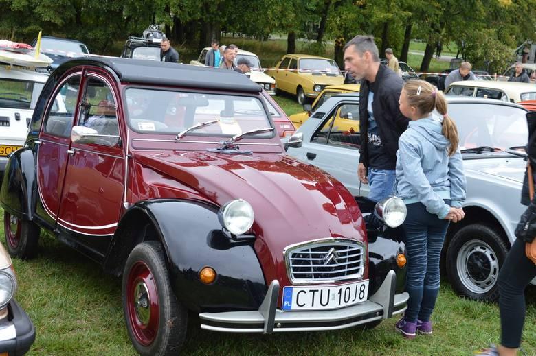 Motoryzacyjne cacka sprzed kilkudziesięciu lat w Chojnicach [galeria]