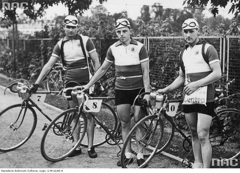 Polska ekipa emigracyjna. Stoją od lewej: Majorczyk, Czesław Marcelak, Antoni Witek