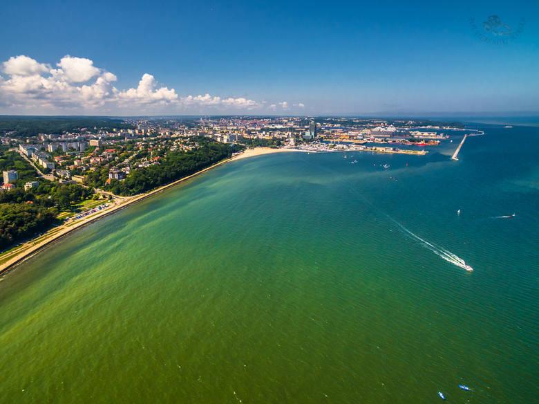 Cztery pory roku w Gdyni na zdjęciach Marka Sałatowskiego. Niesamowite spojrzenie na nadmorskie miasto i okolice