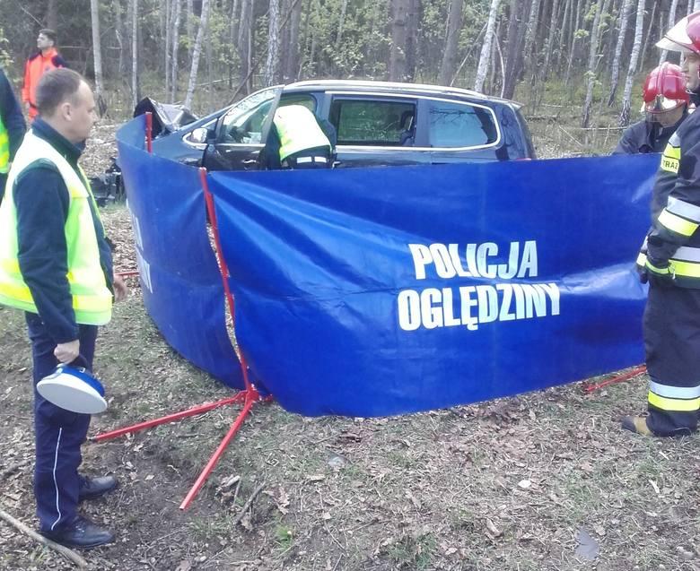 Do wypadku doszło na DK 19, między Sokołowem Małopolskim, a Górnem. Kierujący seatem jadąc w kierunku Rzeszowa, zjechał do przydrożnego rowu i uderzył