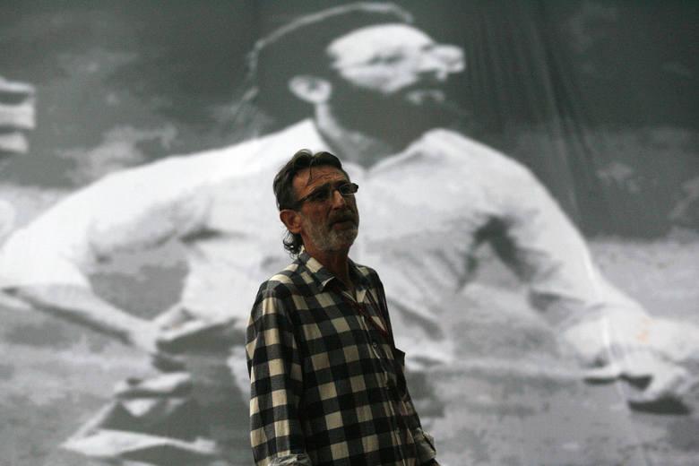 Jerzy Stezowski - bohater zdjęcia Raczkowiaka, który 31 sierpnia 1982 roku biegł z ciałem zabitego Mieczysława Adamowicza