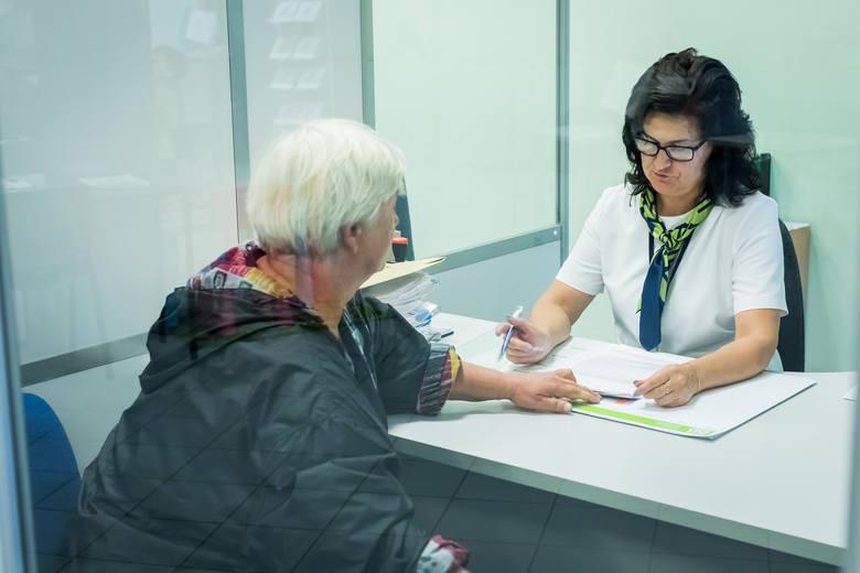 Od 1 września 2018 roku zmienia się kwota przychodów, jakie może osiągnąć pracujący emeryt i rencista, który nie ukończył powszechnego wieku emeryta