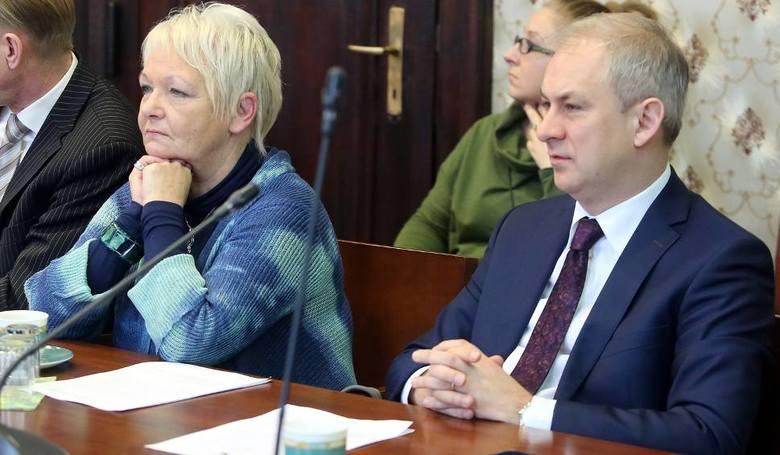 Senator Grzegorz Napieralski zaproponował rozszerzenie ścisłego prezydium zespołu do 4 posłów i 1 senatora (później został doń wybrany). Obok posłanka