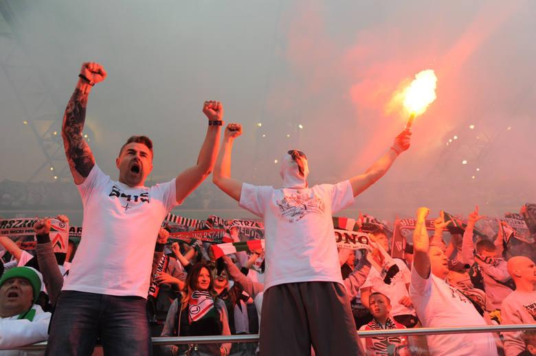 Kibice na meczu Legia - Pogoń