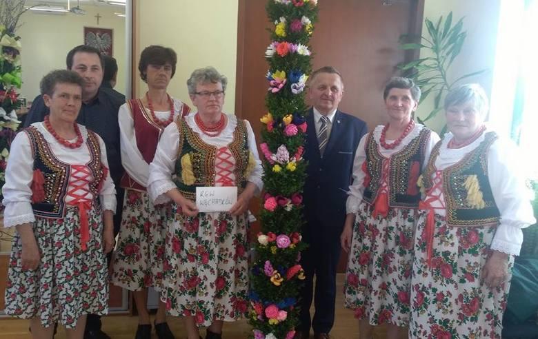 Rozstrzygnięto konkurs na najpiękniejszą palmę wielkanocną w gminie Michałów. Konkurs był skierowany do kół gospodyń wiejskich. Jury miało bardzo trudne