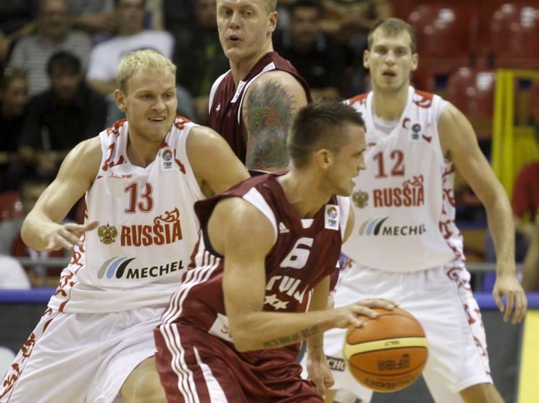Mecz Polska-Rosja rozegrany zostanie 6 września (piątek), o godz. 10.00. Spotkanie będzie można obejrzeć w telewizji i internecie. Zdjęcie przedstawia