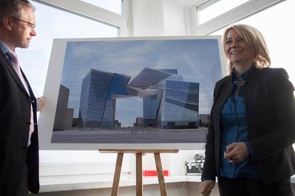 Brama miasta wg Daniela Libeskinda [zdjęcia, wizualizacja]