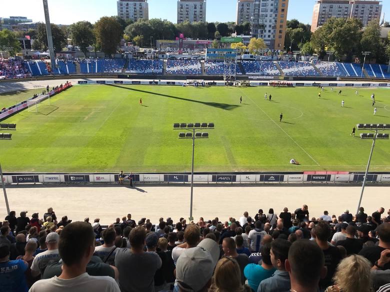 Derby Rzeszowa Stal Rzeszów - Apklan Resovia na żywo. Niedzielne mecze 2, 3 i 4 ligi [RELACJA ONLINE]
