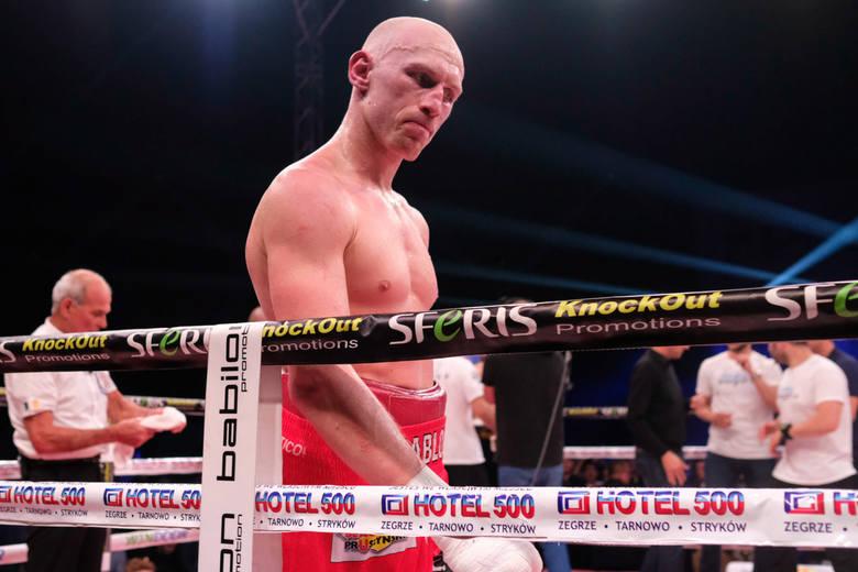 Najwięcej, bo aż 12. mistrzowskich walk zaliczył w wadze junior ciężkiej Krzysztof Włodarczyk. Ze Steve'em Cunninghamem wyszedł na remis - najpierw wygrał,