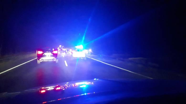 We wtorek wieczorem na trasie Bydgoszcz - Białe Błota tworzyły się spore korki. Na drodze wojewódzkiej 223 pracowała policja. Wprowadzono ruch wahadłowy.