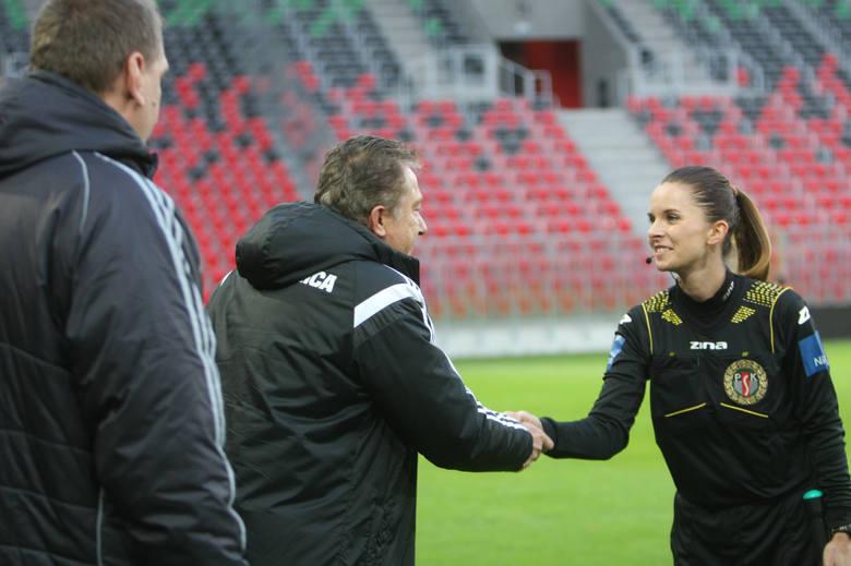 Sędzia Baranowska została wyznaczona do niedzielnego meczu pomiędzy Lechią Gdańsk a Pogonią Szczecin. Będzie pełnić funkcję asystentki Jarosława Przybyła.