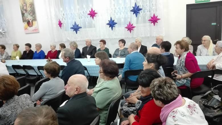 Jasełka i zabawa karnawałowa u seniorów w Susku Nowym w gminie Rzekuń [ZDJĘCIA, WIDEO]