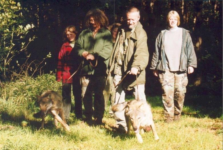 Zamek w Stobnicy: W Stacji Doświadczalnej Uniwersytetu Przyrodniczego usypiano wilki, wywożono inne zwierzęta?