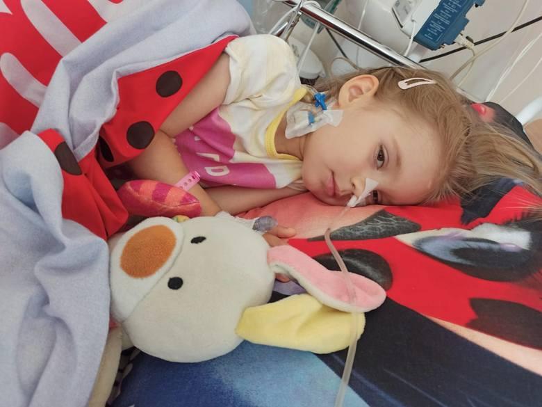 Trzyletnia Maja z Połczyna-Zdroju walczy o życie z podstępnym nowotworem. Może ja uratować terapia, która kosztuje milion złotych.