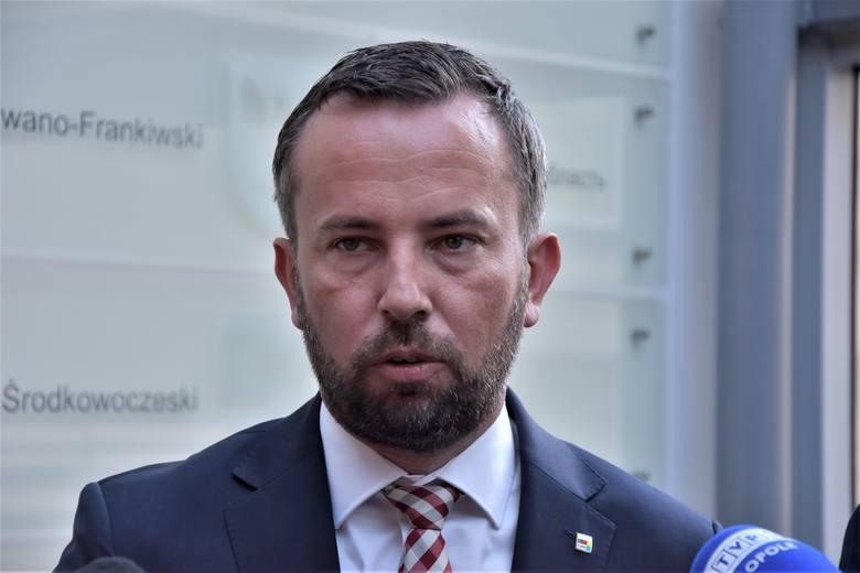Rafał Bartek, lider MN i przewodniczący sejmiku