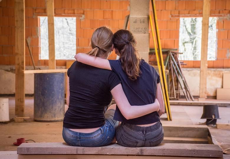 Jak kształtuje się orientacja seksualna? Co na nią wpływa? Czy można zmienić swoją orientację seksualną? Najnowsze badania