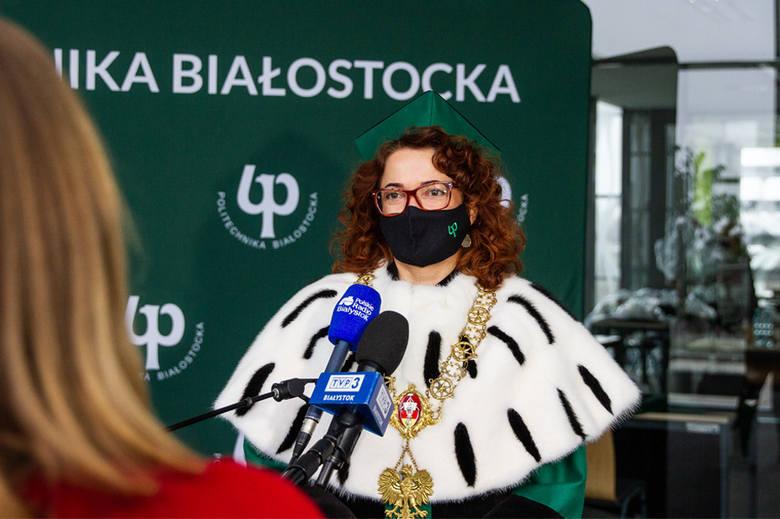 Politechnika Białostocka. Promocje habilitacyjne na uczelni. Tytuły otrzymało 17 badaczy (zdjęcia)