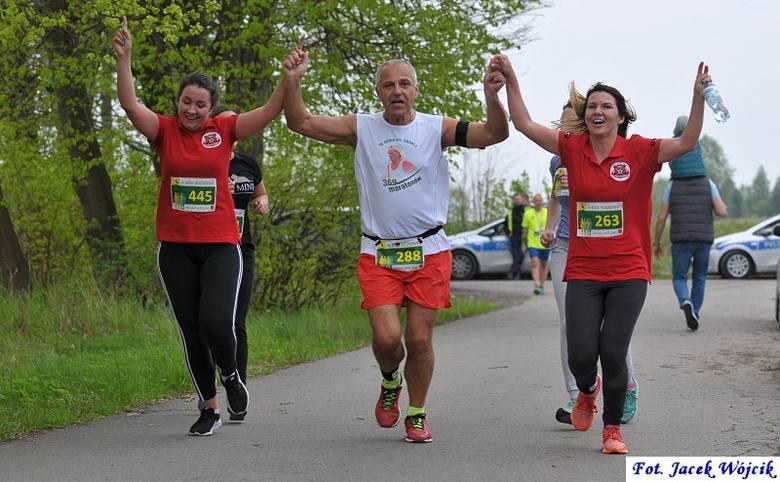 Reprezentujący TKKF Koszalin Ryszard Zaborski, wygrał 6. Bieg Wiosenny w Manowie. Na liczącej 5,3 km strasie rywalizowało 175 biegaczy i biegaczek. Odbył
