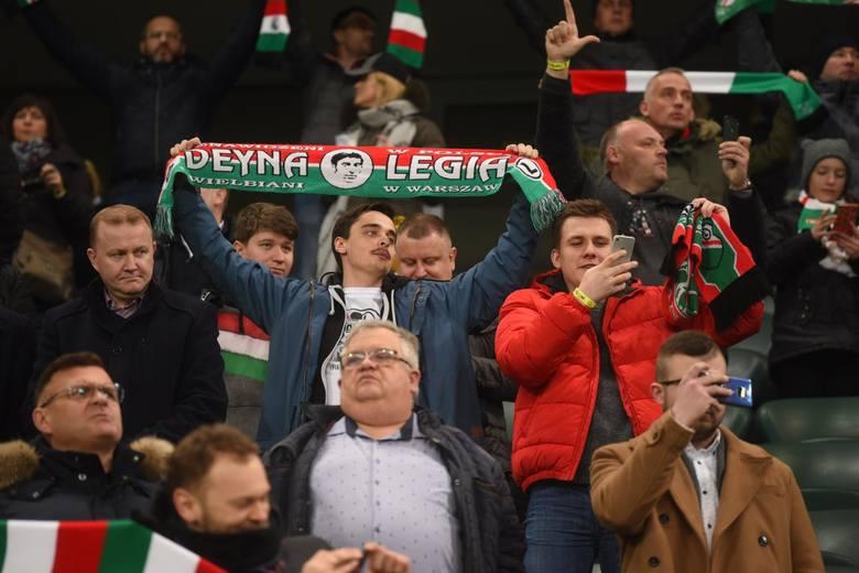 Legia - Cracovia 0:2. ZOBACZ ZDJĘCIA KIBICÓW. Tylko ci z Krakowa mieli powody do zadowolenia
