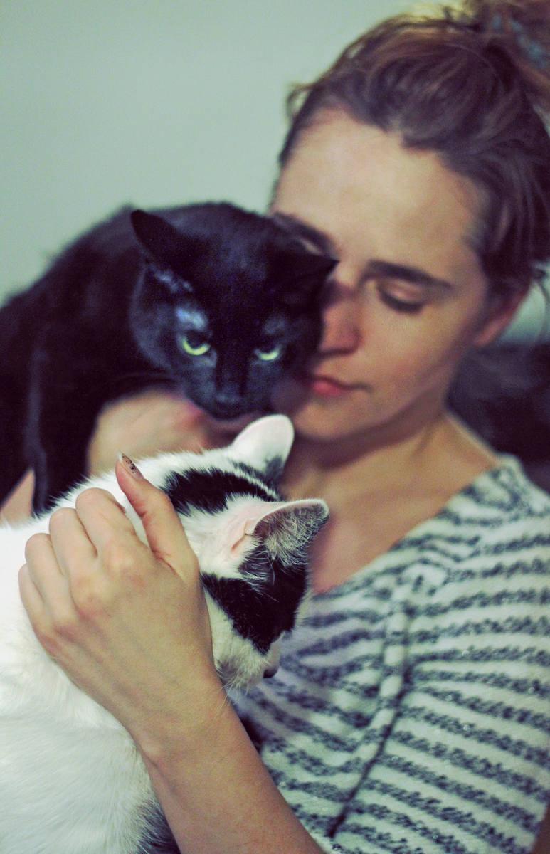 Koty? Są lepsze niż prozac. I grzeją jak termofory [rozmowa]